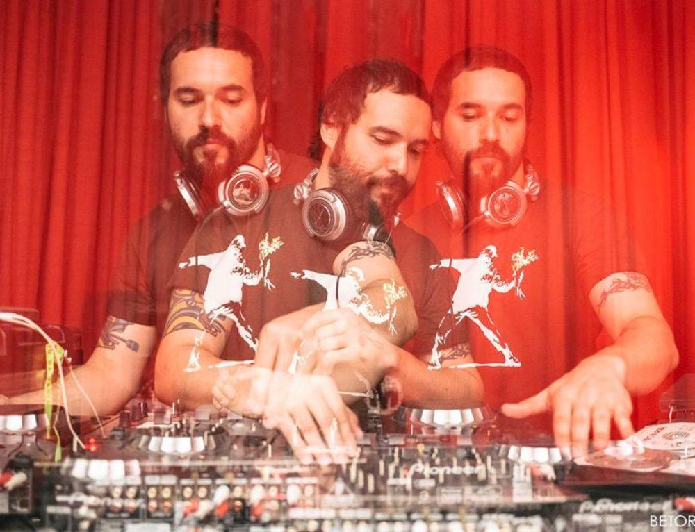 DJ Damon M aquece o show do Orishas em Porto Alegre