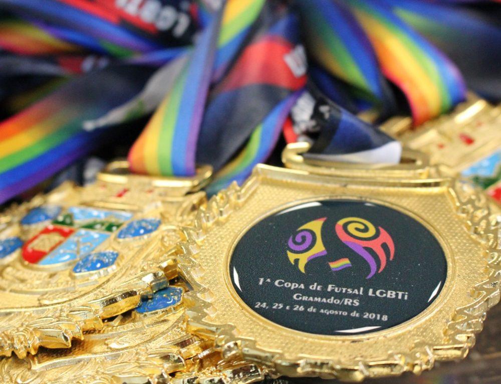 Gloria Crystal apresentará a Copa Gramado de Futsal LGBT em Gramado