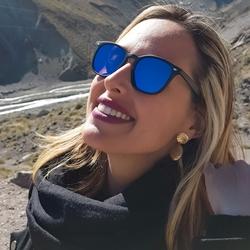 Flávia Bianchini